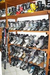 лижі Оптом сноуборди палиці каски взуття окуляри одяг